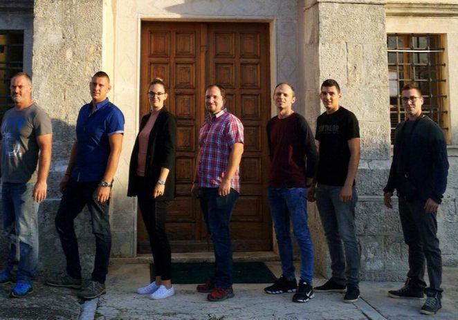 Na nedjeljnim izborima za članove vijeća mjesnih odbora Grada Poreča Nezavisna lista Dragana Legovića u Baderni osvojila četiri od sedam mjesta.