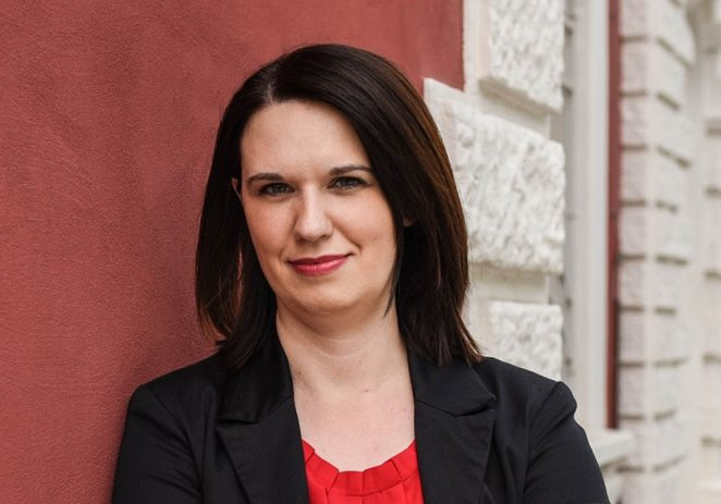"""M.P.P.: Besplatna edukacija Poduzetničke akademije za žene: """"Javni nastup u poslovanju i brendiranju"""", Marijeta Matijaš"""