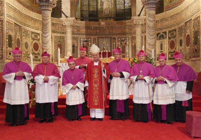 Ustoličenje novih kanonika i podjela Biskupijskih priznanja