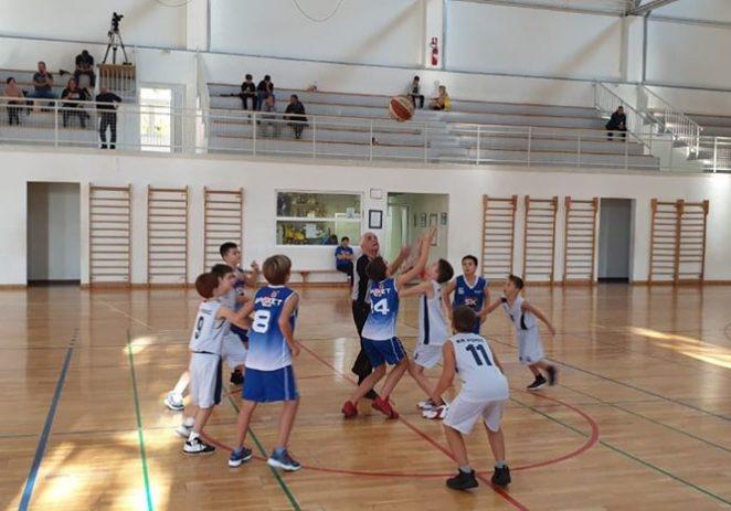 Najmlađi košarkaši Poreča nastupili na Hoby mini basket turniru u Puli