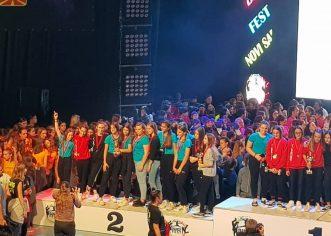 Čak 90 plesačica iz porečkog USB-a sudjelovalo na Dance Festu u  Novom Sadu