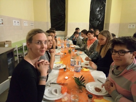 Večera u mraku učenika Osnovne škole Joakima Rakovca