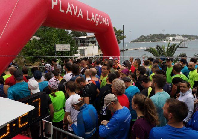 Održano 2. kolo Istarske zimske lige trčanja powered by Plava Laguna – Zaljubljenici u sport i rekreaciju otrčali  5.450m po kiši