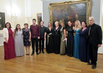 Povodom rođendana Đeni Dekleva Radaković u muzeju Mimara u Zagrebu održan je svečani koncert