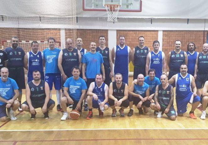 """Porečani osvojili Prvi košarkaški turnir za veterane """"Sveti Mauro"""""""