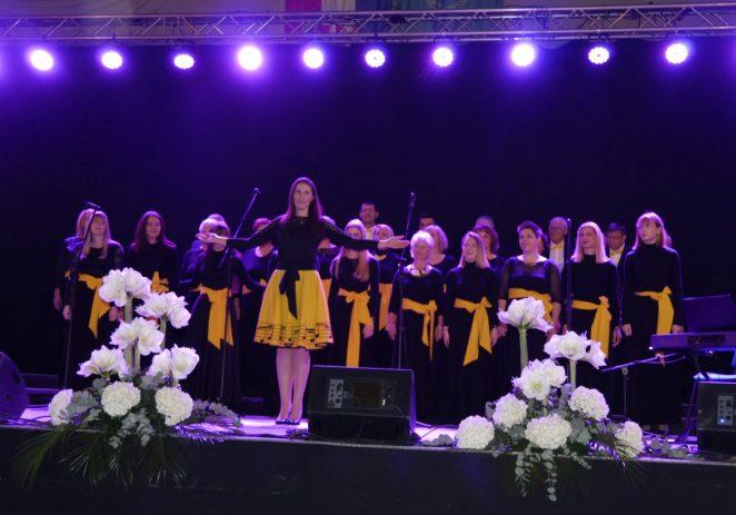 Koncert Caritasa Porečke i Pulske biskupije u znaku misija, stipendija i obiteljskog doma
