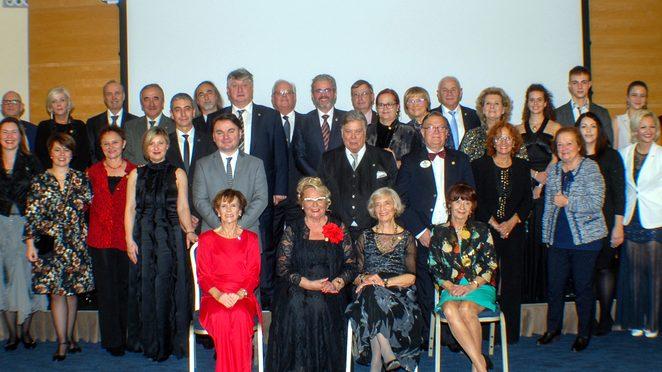 Lions club Poreč održao tradicionalni humanitarni bal i prikupio 40.000 Kn za potrebite