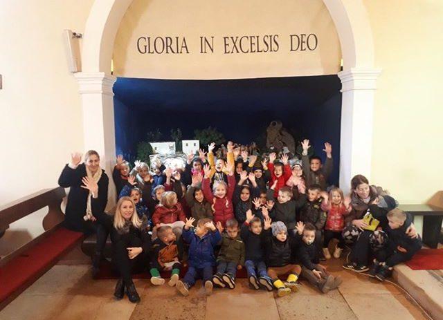 Djeca iz dječjeg vrtića i jaslica Radost u Baderni posjetila Božićne jaslice u župnoj crkvi Rođenja Marijina
