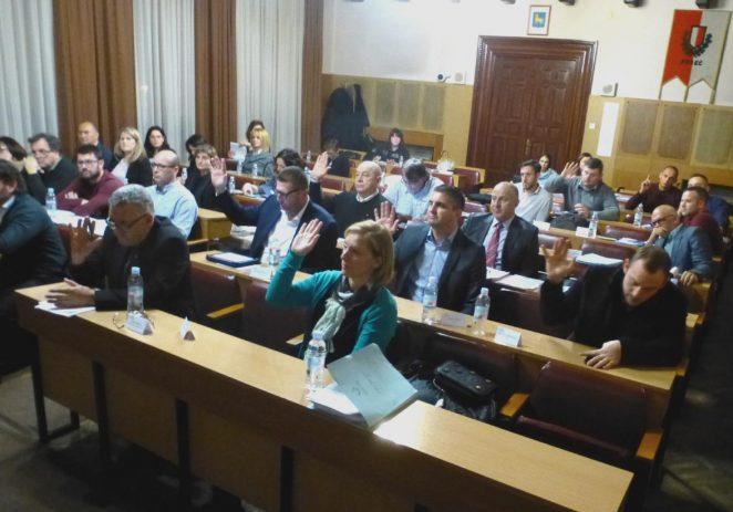 """Gradsko vijeće Grada Poreča usvojilo proračun za 2020. godinu s 10 glasova """"za"""", 4 """"protiv"""" i 1 """"suzdržani"""""""