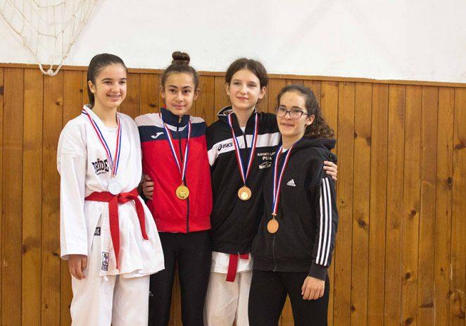 Šest medalja Karate klubu Finida na Županijskom prvenstvu