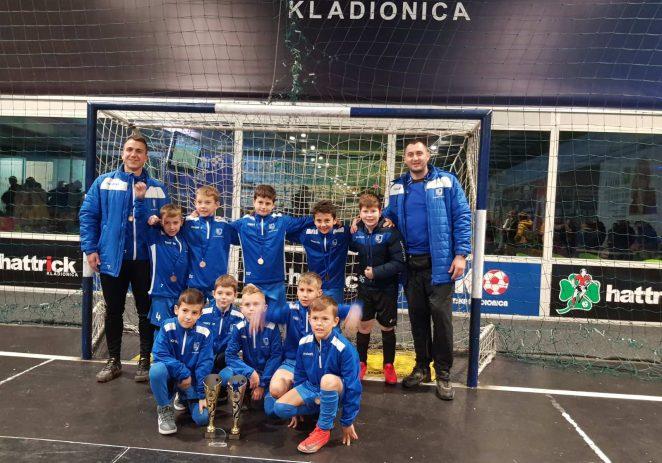 Škola nogometa NK Jadran Poreč proteklog vikenda nastupala na turniru u Zagrebu