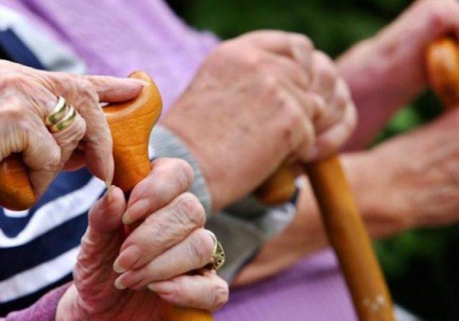 Ususret blagdanima: Porečkim umirovljenicima po 420 kuna za dopunsko zdravstveno osiguranje
