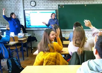 Zdrav za 5: Predavanje o štetnim učincima alkohola održano u Osnovnoj školi Poreč