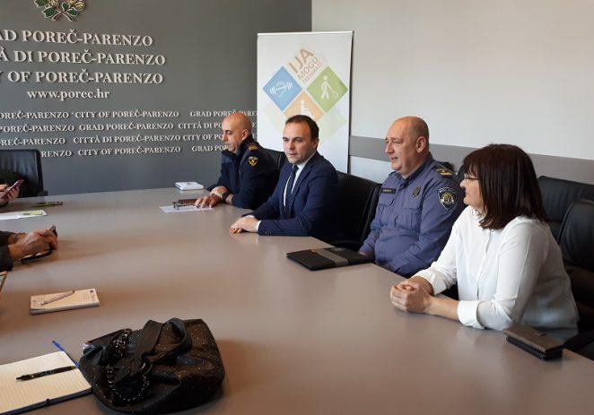 """Susret gradonačelnika s voditeljima porečkih hitnih službi povodom """"Europskog dana broja 112"""""""