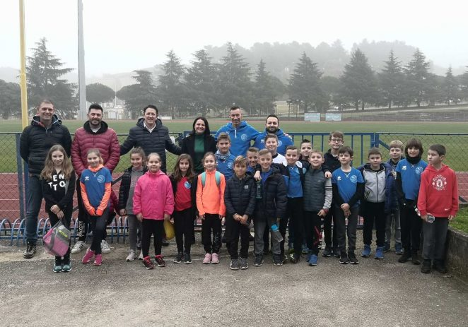 Novi trener Atletskog kluba Maximvs predstavljen članovima i roditeljima djece