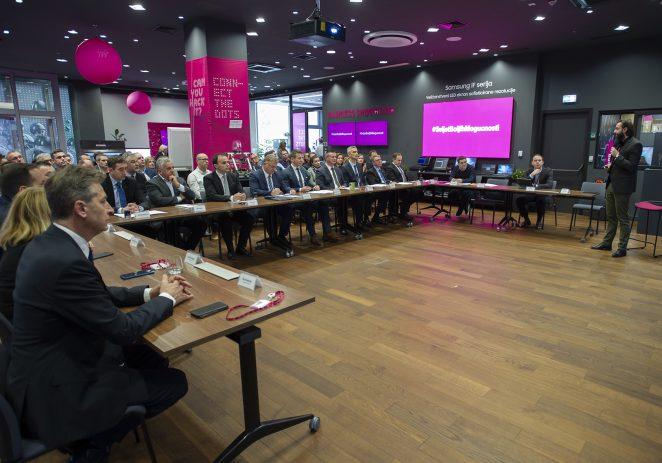 Hrvatski Telekom u naredne tri godine razvija optiku za 135.000 korisnika diljem Hrvatske – među njima i Poreština !