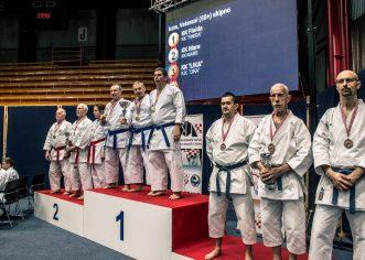 Karate klubu Finida 11 medalja na Prvenstvu Hrvatske u katama