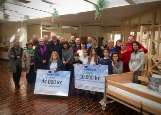 Novigrad pokazao da ima veliko srce – donacije za teško bolesnu sugrađanku i za Gimnastički klub