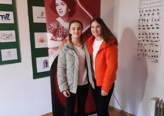 Učenice Umjetničke škole Poreč osvojile prvu nagradu na   2. Međunarodnom gitarističkom natjecanju Ida Presti u Samoboru