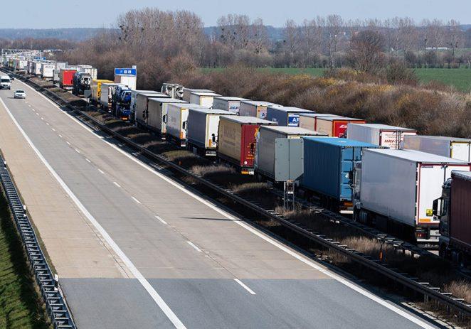 Nova pravila za vozače kamiona, razmatra se i otvaranje trgovina unutar tržnica
