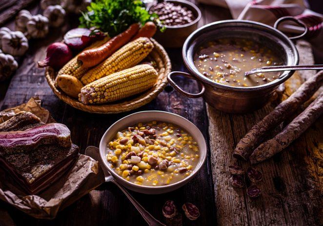 Nova gourmet manifestacija donosi potpuni doživljaj istarskih tradicionalnih jela  Prvo izdanje 'Tradizione a tavola: jela iz pinjate' u Istri