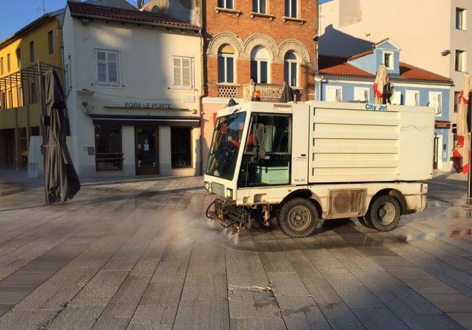 Hrvatski zavod za javno zdrastvo objavio je Stručno mišljenje o provedbi dezinfekcije javnih površina i gradskih ulica