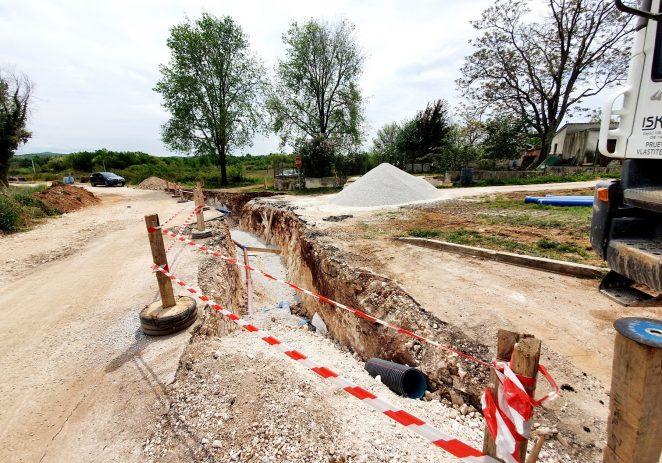 Gradi se kanalizacijska mreža u St. Amoroso te kolektor Fuškulin-Jasenovica, napreduje izgradnja pročistača Poreč-jug