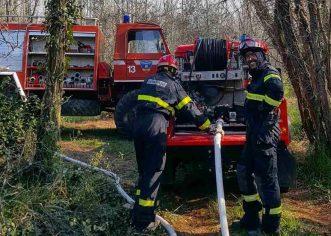 Vatreni početak travnja za porečke vatrogasce