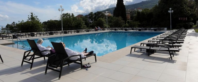 hotelski-bazen