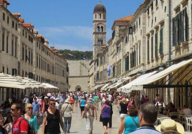 Kakvo će biti turističko ljeto? Nijemci analizirali: Hrvatska bi mogla profitirat