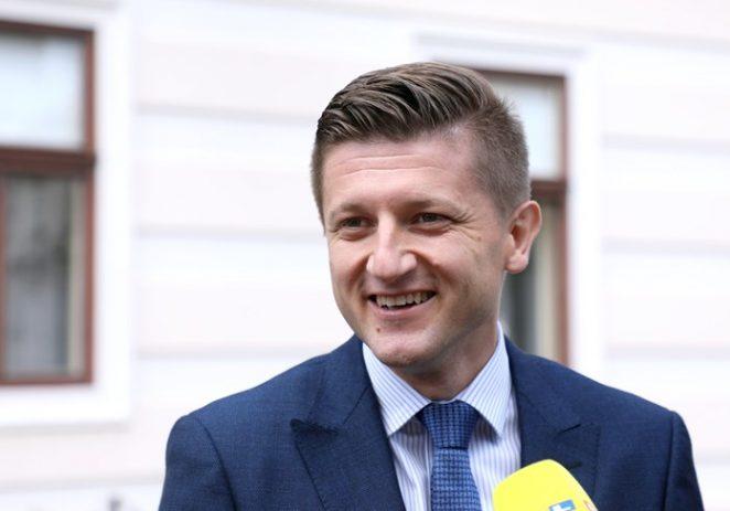 Marić najavio rezove u javnom sektoru i ukidanje parafiskalnih nameta