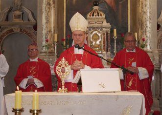Središnje biskupijsko misno slavlje obilježavanja stote obljetnice rođenja bl. Miroslava Bulešića