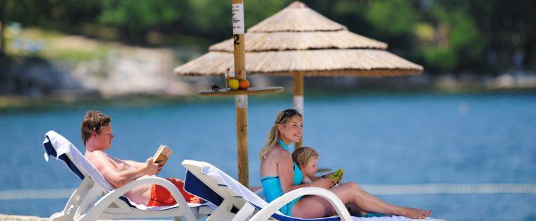 Valamar Diamant Hotel beach
