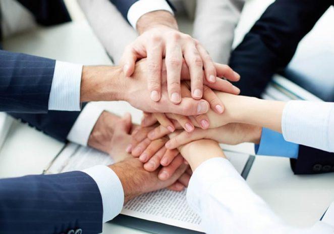Plava Laguna sa socijalnim partnerima potpisala aneks Kolektivnog ugovora – manje plaće radnicima, menadžmentu, bez sezonaca do daljnjega…