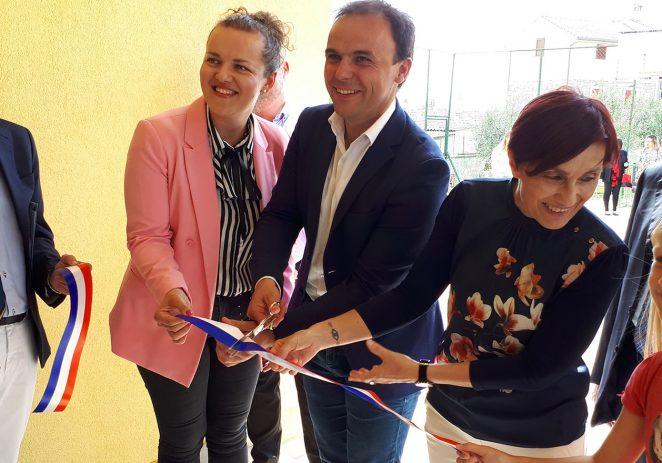 Otvoren je odjel porečkog talijanskog dječjeg vrtića Paperino u Dračevcu