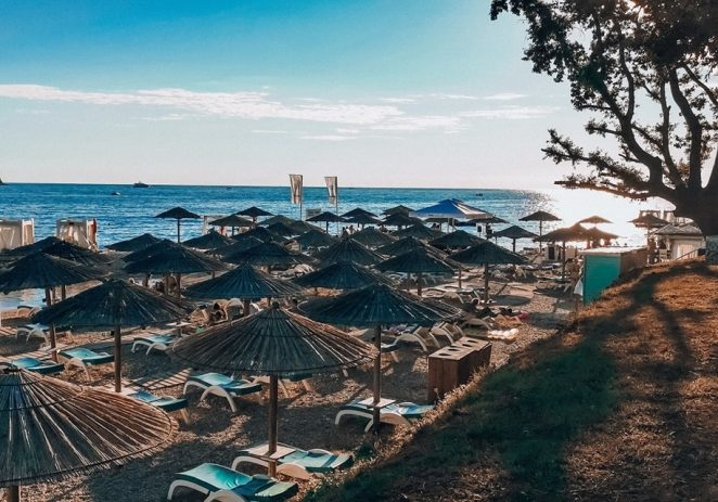 Vijesti iz Hrvatske udruge turizma – u Hrvatskoj dnevno bilježimo više od 700.000 noćenja ! Među poznatim gostima i Lothar Matthäus, Bill Gates….