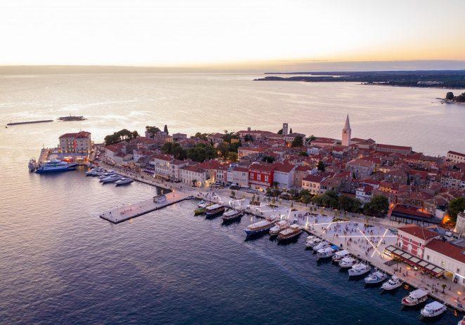 Gradsko vijeće Grada Poreča donijelo odluku o urbanoj opremi starogradske jezgre