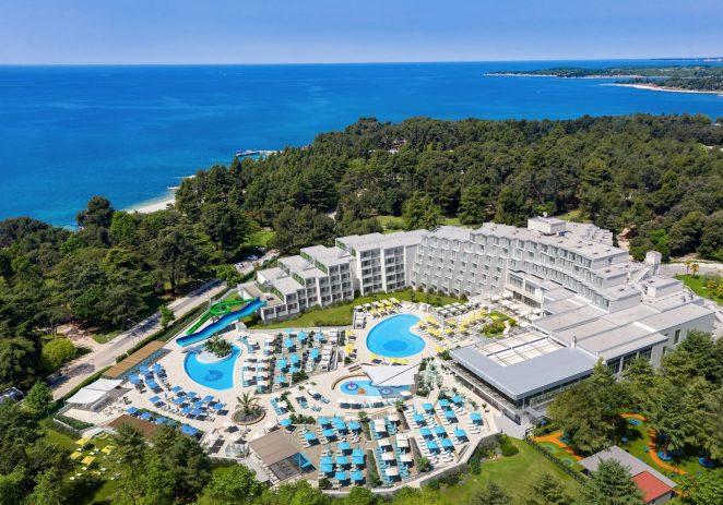 Valamar uspješno stabilizirao poslovanje, očuvao radna mjesta i pokrenuo sezonu – više od 30.000 gostiju ljetuje u Valamarovim kampovima, hotelima i ljetovalištima
