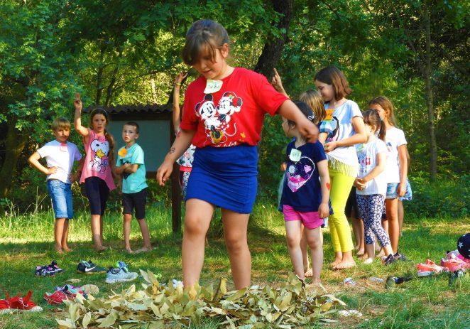 """""""Priče iz šume"""" inovativni program iz šumske pedagogije ovog čevrtka dolazi u Poreč održati svoju ljetnu šumsku priču"""