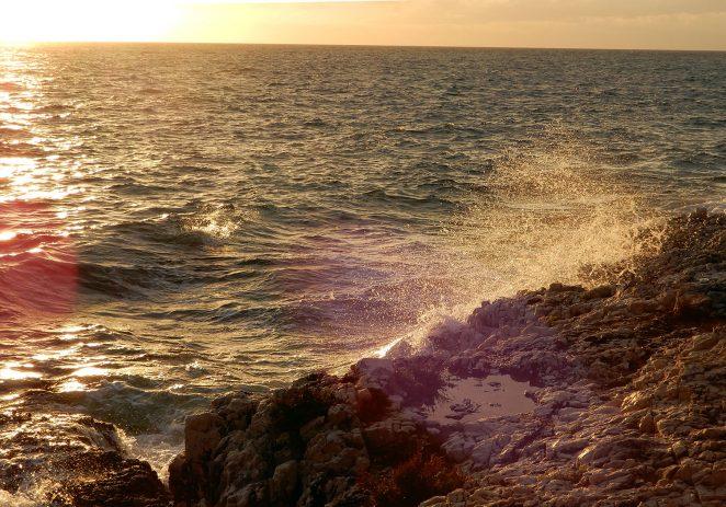 U Hrvatskoj je trenutno 310 tisuća turista. U kolovozu 64 posto od lanjskih noćenja