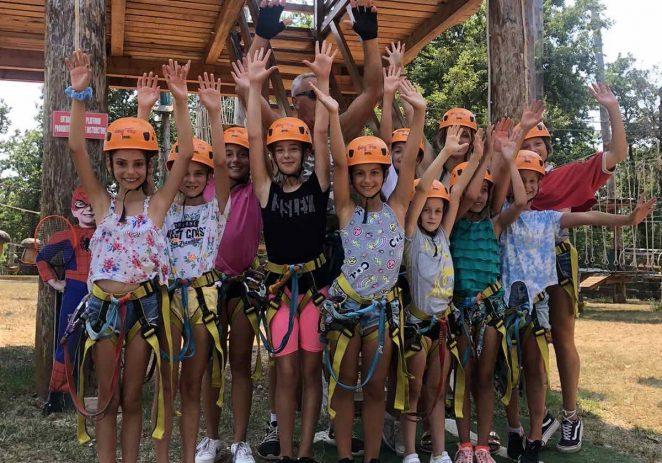 Klub ritmičko sportske gimnastike Poreč je završio svoj ljetni sportsko edukativni kamp zajedničkim druženjem u adrenalinskom parku Sky Fox