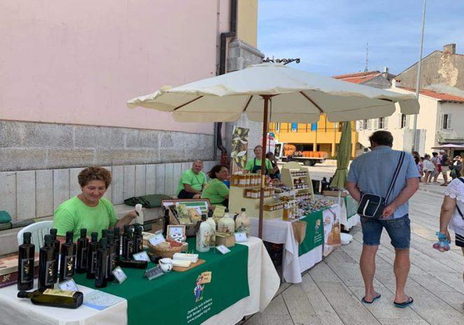 Od četvrtka, 6. kolovoza ponovno tjedni sajmovi istarskih poljoprivrednih proizvoda na Trgu slobode u Poreču