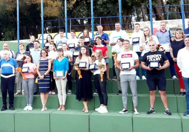 Proglašeni su najbolji sportaši, sportski klubovi i sportski djelatnici na području Grada Poreča za 2019. godinu