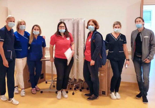 Gradska društva Crvenog križa Poreč i Pula donirali opremu za odjel pulmolocije Opće bolnice Pula