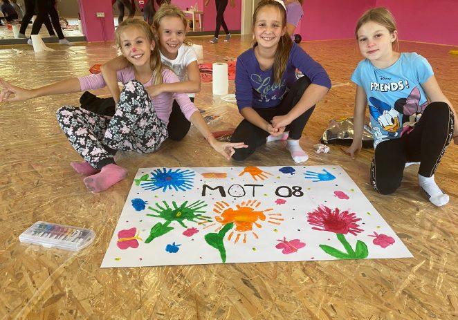 """Sjajna zabava, dječji smijeh i puno boja obilježili su posljednju radionicu u sklopu obilježavanja Dječjeg tjedna u Studiu za izvedbene umjetnosti """"Mot 08"""""""