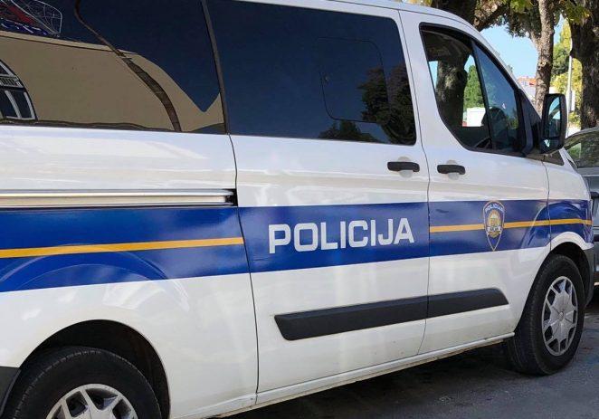U Vrsaru teško ozlijeđen maloljetni vozač mopeda