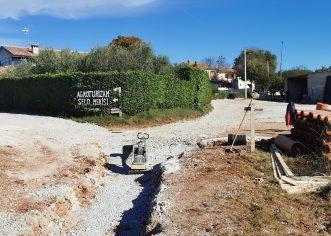 U tijeku je izgradnja kanalizacijskog sustava za naselja Crklada, Grubići, Ferenci, Filipi i Mekiši