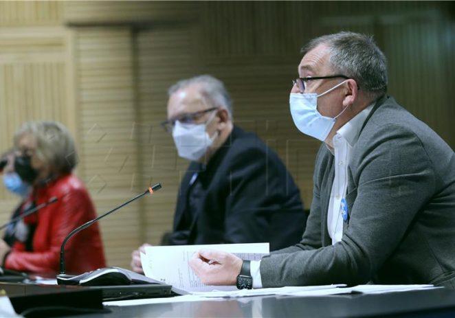 Božinović: Brojevi su bolji ali ne želimo riskirati treći val epidemije – ništa od popuštanja mjera u Istri