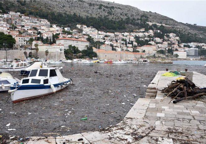Plastic Smart gradovi i otoci odbacit će jednokratnu plastiku