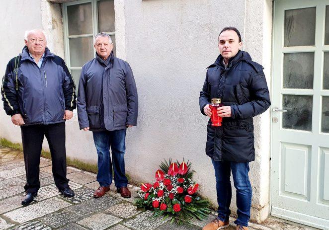 Obilježena godišnjica smrti Antona Grabara, jednog od vođa pobune mornara u Boki kotorskoj